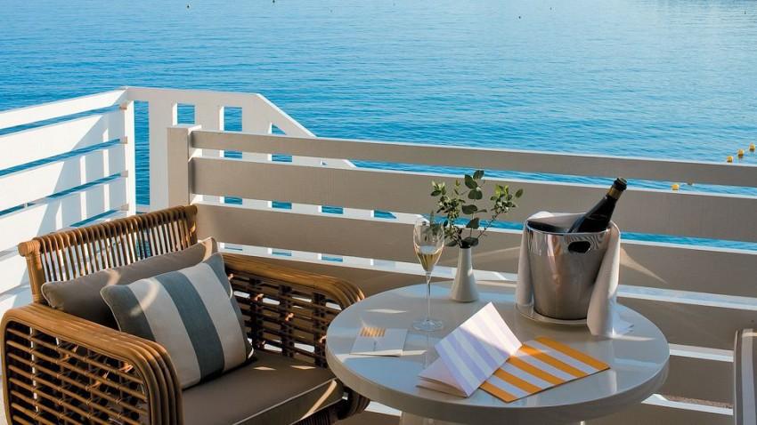 monte carlo beach hotel. Black Bedroom Furniture Sets. Home Design Ideas