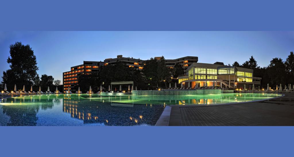 Нова Година 2021 в СПА хотел Хисар